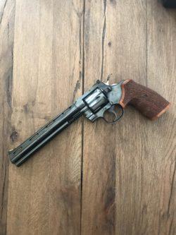 "Colt Python 8"""