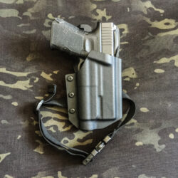 Gearmaniacs Kydex Holster | Glock 19 + Streamlight TLR-1